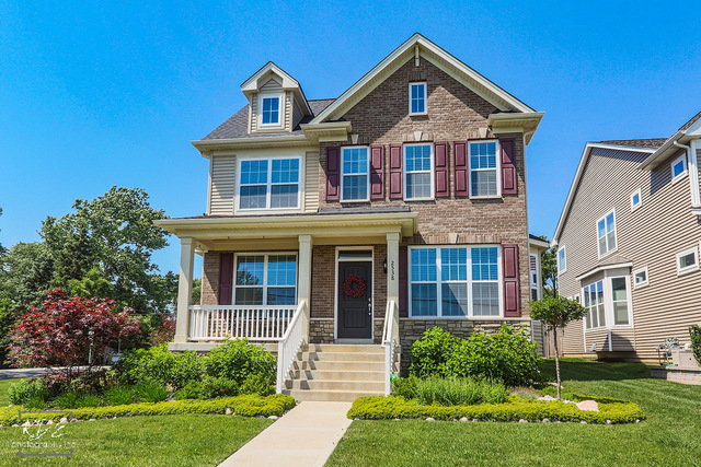 Photo for 2538 Burlington Avenue, DOWNERS GROVE, IL 60515 (MLS # 10092607)
