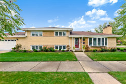 Photo of 7400 Lowell Avenue, SKOKIE, IL 60076 (MLS # 10101471)