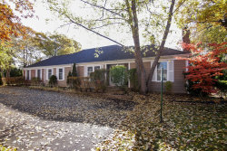 Photo of 8 Sommerset Lane, LINCOLNSHIRE, IL 60069 (MLS # 10125633)