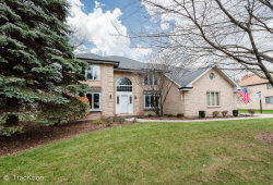 Photo of 512 Buckingham Place, DOWNERS GROVE, IL 60516 (MLS # 10130398)