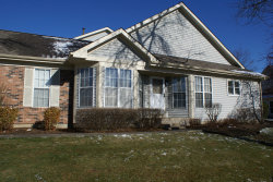 Photo of 1335 Ridgefield Circle, CAROL STREAM, IL 60188 (MLS # 10135052)