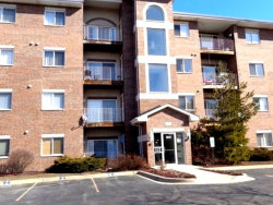 Photo of 941 N Swift Road, Unit Number 404, ADDISON, IL 60101 (MLS # 10135360)
