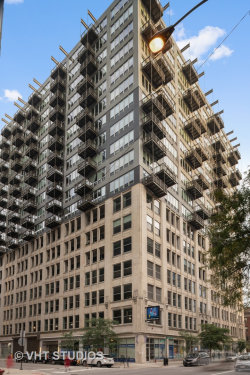 Photo of 565 W Quincy Street, Unit Number 615, CHICAGO, IL 60661 (MLS # 10135874)