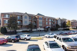 Photo of 271 E Railroad Avenue, Unit Number 301, BARTLETT, IL 60103 (MLS # 10139139)