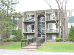 Photo of 1519 N Windsor Drive, Unit Number 209, ARLINGTON HEIGHTS, IL 60004 (MLS # 10140821)