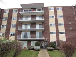 Photo of 2900 Maple Avenue, Unit Number 15D, DOWNERS GROVE, IL 60515 (MLS # 10148919)