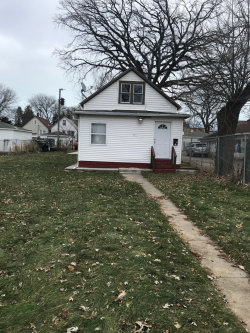 Photo of 731 S Jackson Street, Waukegan, IL 60085 (MLS # 10150033)