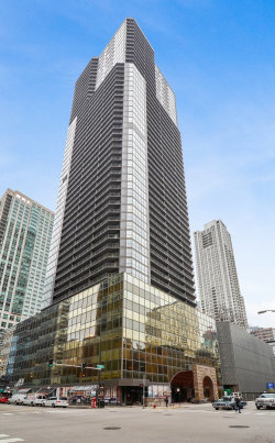 Photo of 10 E Ontario Street, Unit Number 4402, CHICAGO, IL 60611 (MLS # 10152510)