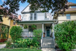 Photo of 1032 Superior Street, OAK PARK, IL 60302 (MLS # 10157492)