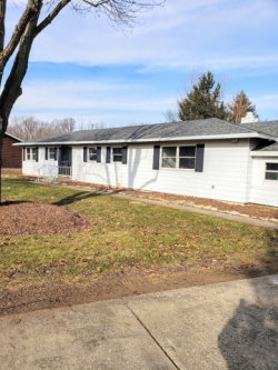 Photo of 1121 Dunkery Court, SYCAMORE, IL 60178 (MLS # 10158800)