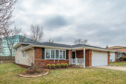 Photo of 1927 W Spring Ridge Drive, ARLINGTON HEIGHTS, IL 60004 (MLS # 10168313)
