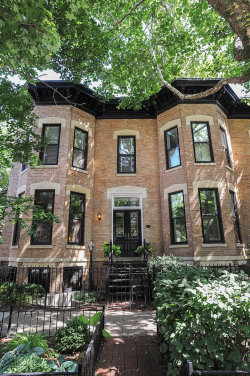 Photo of 2243 N Cleveland Avenue, CHICAGO, IL 60614 (MLS # 10250238)