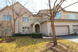 Photo of 49 Beaconsfield Court, LINCOLNSHIRE, IL 60069 (MLS # 10253950)