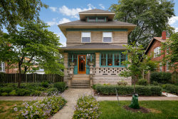 Photo of 940 S Grove Avenue, OAK PARK, IL 60304 (MLS # 10266299)