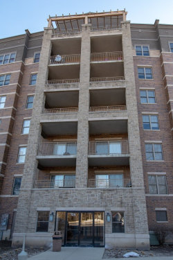 Photo of 125 Lakeview Drive, Unit Number 405, BLOOMINGDALE, IL 60108 (MLS # 10268891)