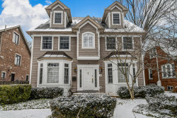 Photo of 10 S Thurlow Street, HINSDALE, IL 60521 (MLS # 10270720)