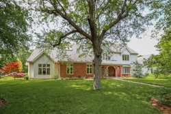 Photo of 6 Aintree Road, ST. CHARLES, IL 60174 (MLS # 10272346)