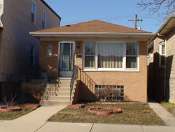 Photo of 5830 W Giddings Street, CHICAGO, IL 60630 (MLS # 10274223)