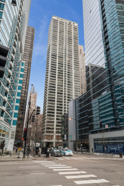 Photo of 400 E Ohio Street, Unit Number 1601, CHICAGO, IL 60611 (MLS # 10274333)