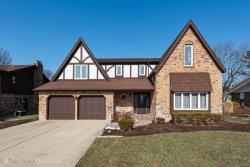 Photo of 830 Claremont Drive, DOWNERS GROVE, IL 60516 (MLS # 10277028)