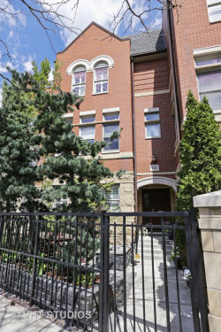 Photo of 4111 N Southport Avenue, CHICAGO, IL 60613 (MLS # 10278339)