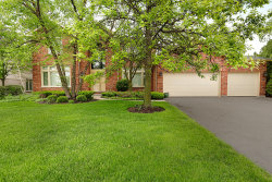 Photo of 101 Bentley Court, DEERFIELD, IL 60015 (MLS # 10290285)