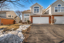 Photo of 866 Old Checker Road, BUFFALO GROVE, IL 60089 (MLS # 10292678)