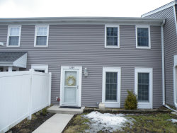 Photo of 1289 Wandsworth Circle, ROSELLE, IL 60172 (MLS # 10304450)