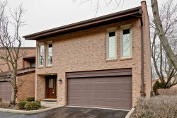 Photo of 1731 Wildberry Drive, Unit Number A, GLENVIEW, IL 60025 (MLS # 10308094)