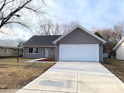 Photo of 1541 W Beverly Circle, HANOVER PARK, IL 60133 (MLS # 10308409)