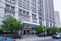 Photo of 680 N Lake Shore Drive, Unit Number 1007, CHICAGO, IL 60611 (MLS # 10311685)