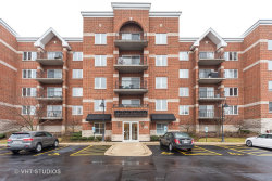Photo of 3401 N Carriageway Drive, Unit Number 406, ARLINGTON HEIGHTS, IL 60004 (MLS # 10311717)