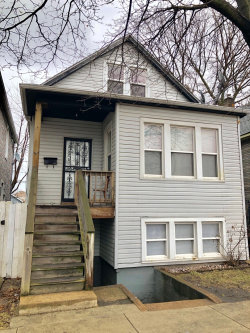 Photo of 10825 S Green Bay Avenue, CHICAGO, IL 60617 (MLS # 10315355)