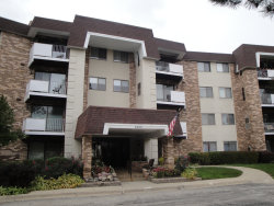 Photo of 3300 N Carriageway Drive, Unit Number 203, ARLINGTON HEIGHTS, IL 60004 (MLS # 10316352)