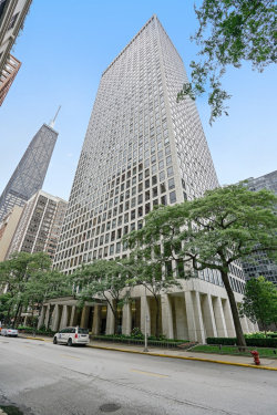 Photo of 260 E Chestnut Street, Unit Number 2206, CHICAGO, IL 60611 (MLS # 10318121)