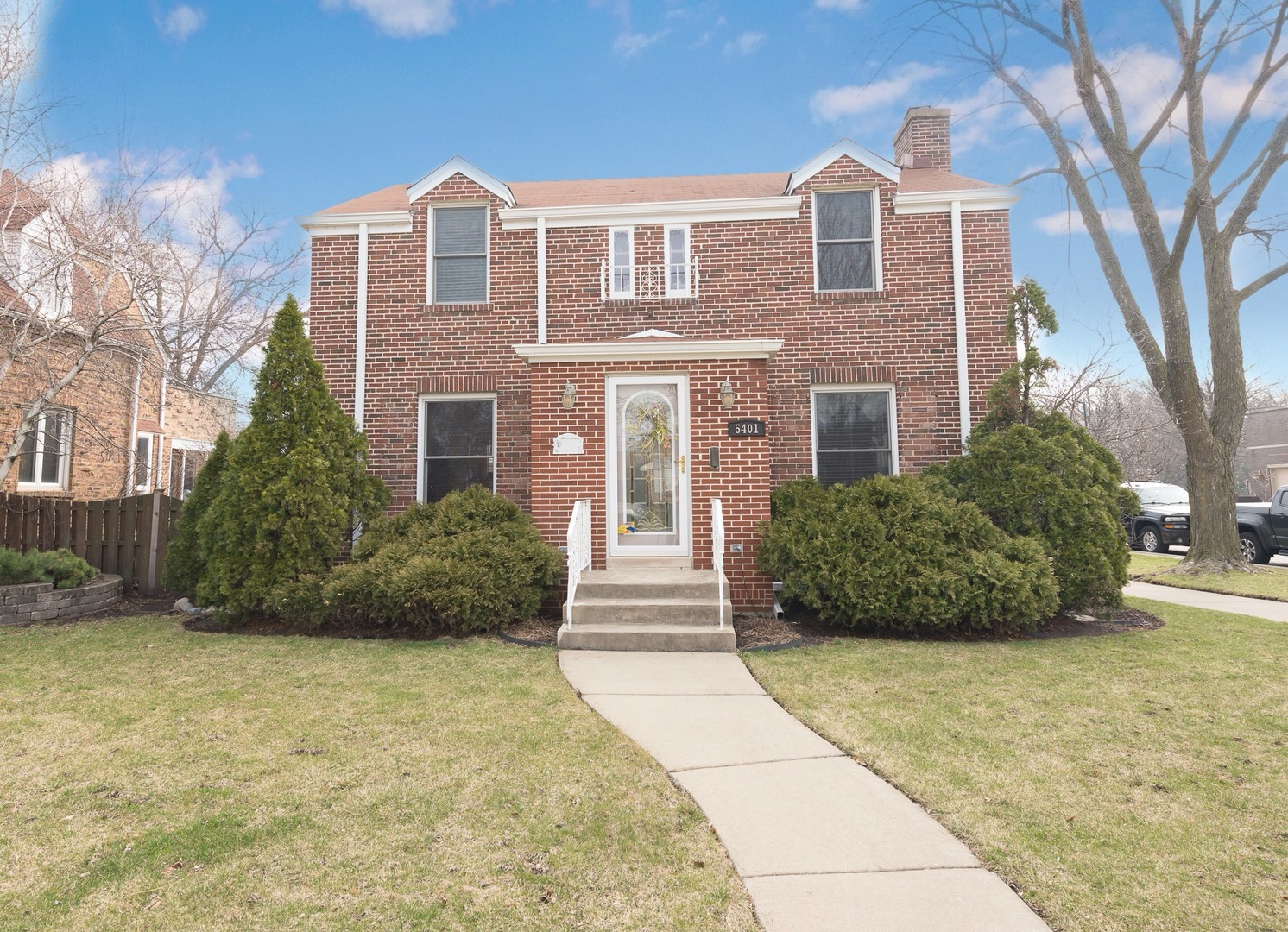 Photo for 5401 N Oriole Avenue, CHICAGO, IL 60656 (MLS # 10335645)