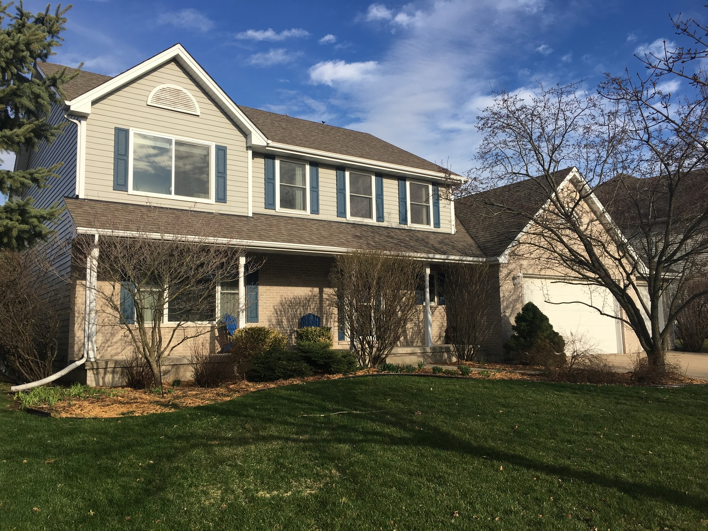 Photo for 1340 Yorkshire Drive N, SYCAMORE, IL 60178 (MLS # 10339319)