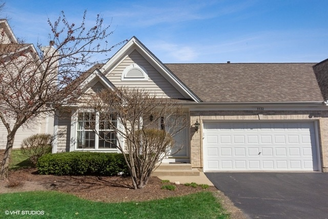 Photo for 1132 E Danbury Drive, Unit Number 4A, CARY, IL 60013 (MLS # 10344979)