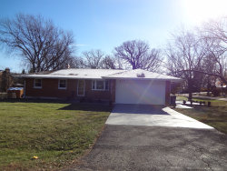 Photo of 935 Forest Drive, ELGIN, IL 60123 (MLS # 10350453)