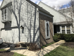 Photo of 42 Whittington Course, ST. CHARLES, IL 60174 (MLS # 10350707)