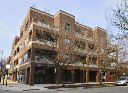 Photo of 1952 W Cuyler Avenue, Unit Number 203, CHICAGO, IL 60613 (MLS # 10352871)