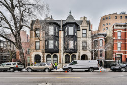 Photo of 2123 N Clark Street, Unit Number 1, CHICAGO, IL 60614 (MLS # 10354295)
