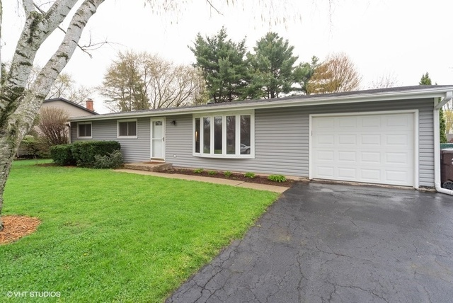 Photo for 3005 Highland Drive, CARY, IL 60013 (MLS # 10366308)