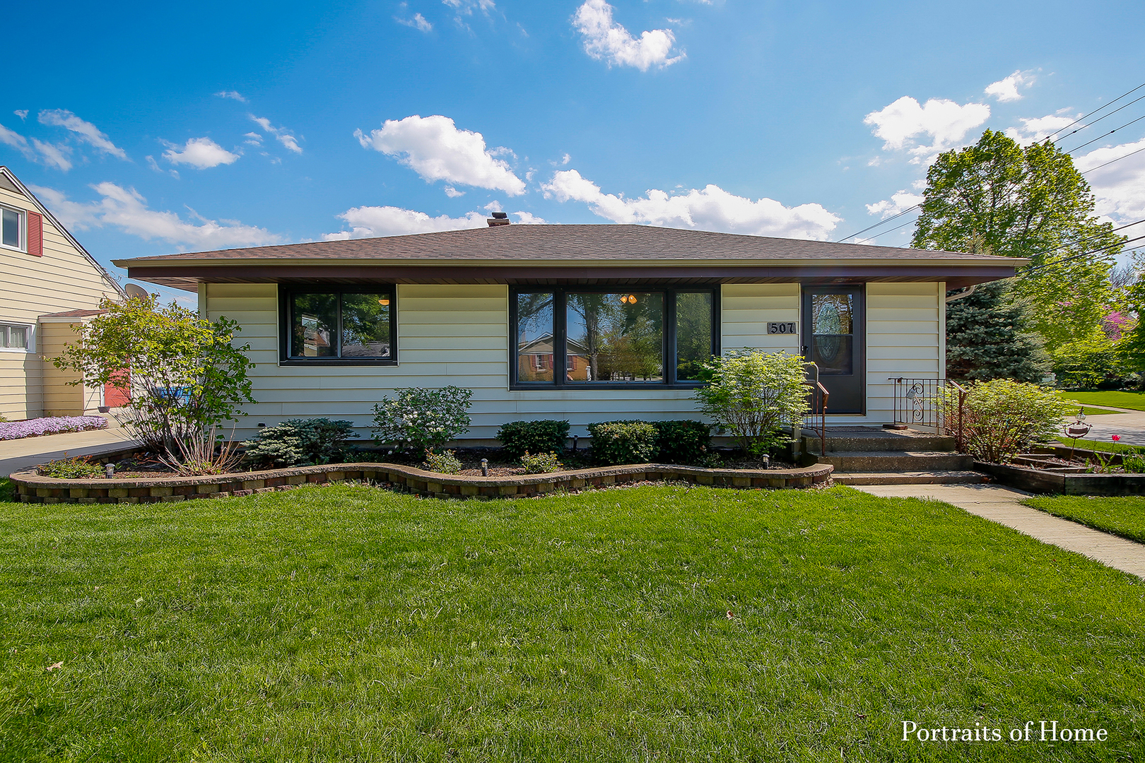 Photo for 507 Grant Street, DOWNERS GROVE, IL 60515 (MLS # 10376079)
