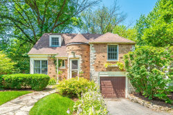 Photo of 260 Churchill Place, CLARENDON HILLS, IL 60514 (MLS # 10376381)