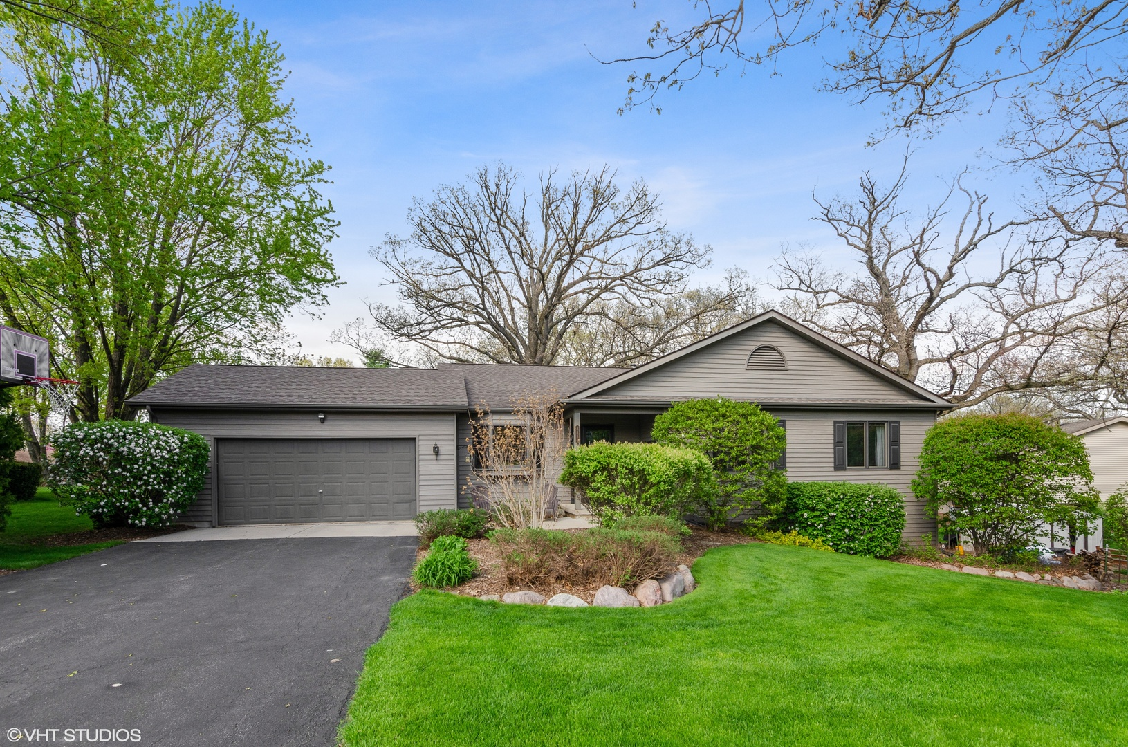 Photo for 3510 Kilkenny Court, CRYSTAL LAKE, IL 60014 (MLS # 10377652)