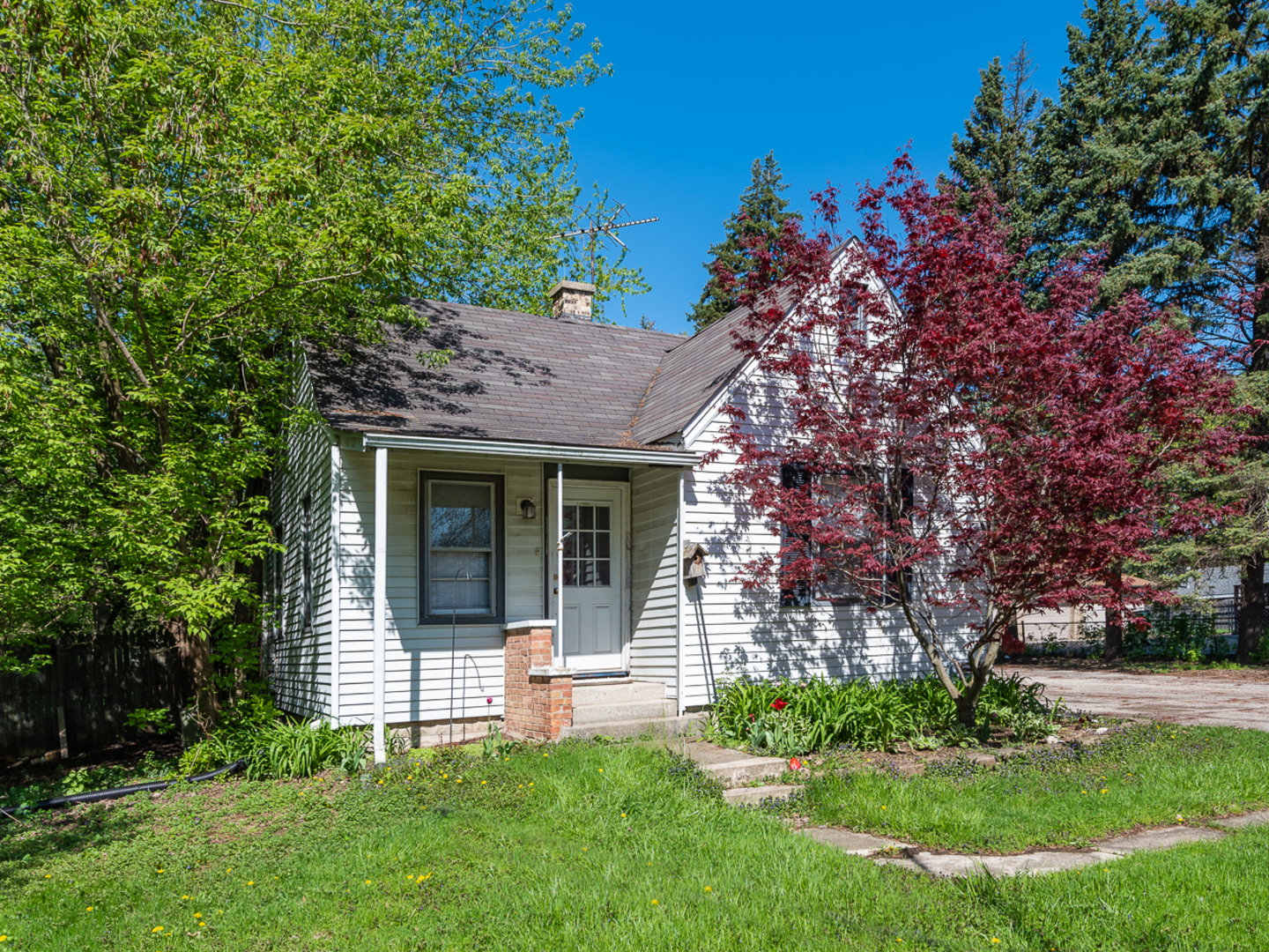 Photo for 5912 Lee Avenue, DOWNERS GROVE, IL 60516 (MLS # 10378145)