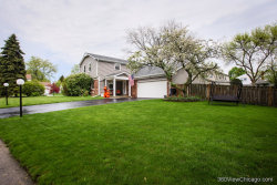 Photo of 550 Burnt Ember Lane, BUFFALO GROVE, IL 60089 (MLS # 10383657)