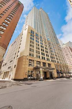 Photo of 57 E Delaware Place, Unit Number 3506, CHICAGO, IL 60611 (MLS # 10385156)