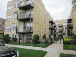 Photo of 4012 N Albany Avenue, Unit Number 1B, CHICAGO, IL 60618 (MLS # 10387341)
